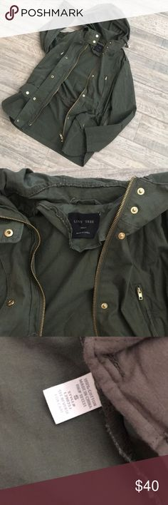 Army/olive green Utility Jacket Love tree utility jacket, army / olive green. Pristine condition, NWOT and never worn, only tried this on and overgrew it!  Very stylish and lightweight, perfect for spring, even summer! Excellent for layering during winter! Love Tree Jackets & Coats Utility Jackets
