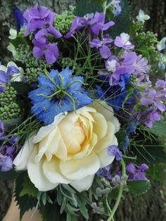flower arrangement from Willow Oak Herb Farm