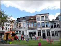 Place Marché Aux Herbes