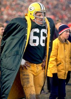 Ray Nitschke (1962) - toughest guy in the NFL