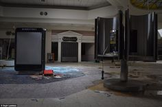Photojournalist SEPH LAWLESS: Official collection of the most abandoned places in America. Abandoned houses, Abandoned malls, and Abandoned Amusement Parks. Abandoned Malls, Abandoned Amusement Parks, Abandoned Buildings, Abandoned Places, Randall Park, Dead Malls, Headlines Today, Centre Commercial, Places In America