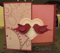 Le premier juillet lors de l'atelier de Villeneuve-le-Roi, Christine souhaitait réaliser une carte mariage, voici quelques photos de sa carte : Elle a découpé le coeur avec une perforatrice Stampin'up après l'avoir décoré à l'aide d'un tampon SU coordonné....