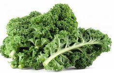 """#Boerenkool: is niet weg te denken uit de Nederlandse winterse kost. In België valt deze groente net in de categorie """"vergeten groente""""."""