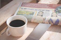1 - Eu Leio - era pra ter postado ontem mas estou sem internet a um tempo :/ #desafioprimeira #euleio #jornal #café #uaicomoassim
