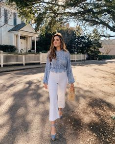 Back To The Basics: My Go-To Jeans | Gal Meets Glam