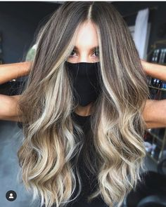 Bronde Hair, Balayage Hair Blonde, Brunette To Blonde, Balayage Extensions, Gorgeous Hair Color, Blonde Hair Looks, How To Lighten Hair, Hair Painting, Hair Highlights