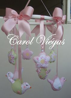 Móbile que compõe a decoração do quarto da linda princesa Marie.     GET YOUR MOBILE WEBSITES DEVELOPED BY US.  STAY AHEAD OF YOUR COMPETITORS.  http://www.itop-seo.com  support@itop-seo.com