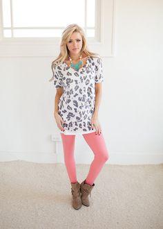 Online boutique. Best outfits. Cat Eye Leopard Print Short Sleeve Top - Modern Vintage Boutique