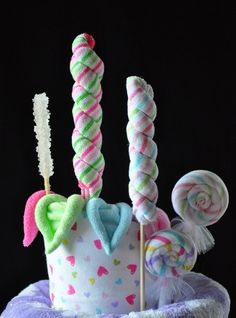 washcloth lollipops - cute idea #baby #shower #gifts