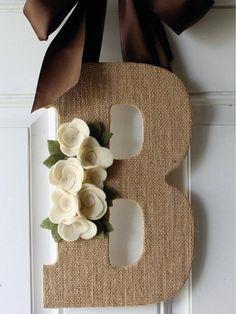 ideas-con-estilo-rustico-arpillera-21 Alpillera Ideas, Ideas Para, Communion, Baby Shoes, Reusable Tote Bags, Frame, Kids, Home Decor, Business
