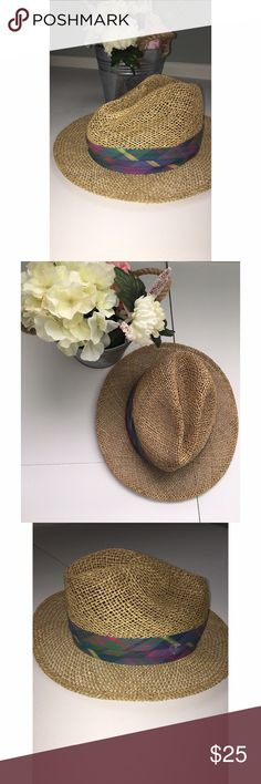 Straw Fedora Hat Straw Fedora Hat with multi-colored detail   Pair with light colored denim & cute spring colored top.  Add flair to any spring/summer look with this super cute fedora   Approx Measurements:   Make me an offer ☺️ Accessories Hats