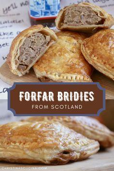 Welsh Recipes, Uk Recipes, Scottish Recipes, British Recipes, Cooking Recipes, Scottish Dishes, British Dishes, Forfar Bridie Recipe, Gastronomia