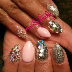 mindy hardy nails