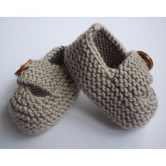Keelan - Chunky Strap Baby Shoes Knitting pattern by Julie Taylor Baby Knitting Patterns, Baby Booties Knitting Pattern, Baby Shoes Pattern, Christmas Knitting Patterns, Arm Knitting, Double Knitting, Baby Patterns, Julie Taylor, Walking