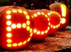 Boo!!! Che paura! Bastano delle zucche e delle candele per messaggi infuocati che vengono direttamente dall'inferno! ;-) - #halloween #idee #decori #zucche