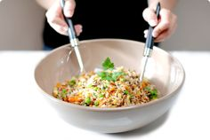 Ensalada de arroz salvaje con verduras