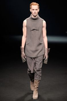 See the complete Rick Owens Fall 2010 Menswear collection.
