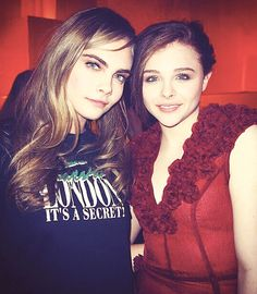 Cara Delevingne & Chloe Moretz .. ~ Stars cuddle up for selfies ~ Good seeing you babe ! :)  .._ soratane.com _ Feb 11-2015.