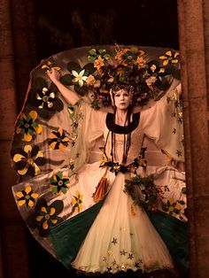 Beltane Fire Festival 2009 - May Queen at the Acropolis by Two Truths, via Flickr