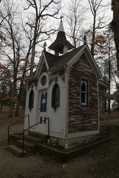 Chapel - Our Lady of Sorrows in Starkenburg, Missouri River Scenic Highway 94 - Katy Trial in Portland, Shrine of