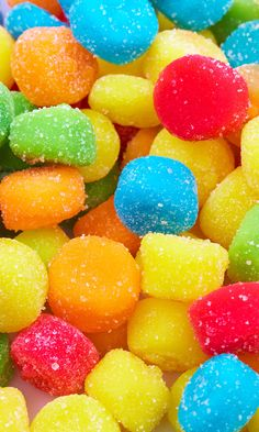 Candy Club WOW your guests with amazing, delicious premium candies! Colorful Candy, Candy Colors, Food Wallpaper, Stone Wallpaper, Black Wallpaper, Sour Candy, Rainbow Aesthetic, Candy Store, Candyland