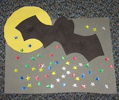 nocturnal animals craft Maybe sort my animal crafts by habitat, nocturnal/diurnal, etc.... Daycare Crafts, Classroom Crafts, Halloween Art, Preschool Halloween, Halloween Activities, Halloween Crafts For Kids, Fall Crafts, Animal Crafts, Night Creatures