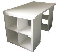 Endlich ist er fertig, mein Nähtisch! Der Aufbau ist nichts Ungewöhnliches: zwei Kallax-Regale von IKEA, darauf eine Tischplatte. Die Tischplatte in den Maßen 140×80 haben wir nach erfolgloser Suche anfertigen lassen. Da sie ja ein bisschen was aushalten soll, wollte ich keine dünnen Regalböden aus Sperrholz nehmen, sondern etwas Stabileres. Also haben wir in sämtlichen …