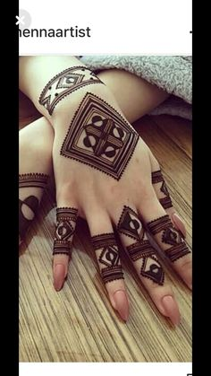 Not gonna be easy. but i wanna try Henna Hand Designs, Henna Tattoo Designs, Mehndi Designs Finger, Simple Arabic Mehndi Designs, Mehndi Designs For Beginners, Modern Mehndi Designs, Mehndi Designs For Girls, Mehndi Design Pictures, Mehndi Designs For Fingers