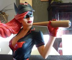 [DC Collectibles] Batwoman DC Bombshells Statue Review