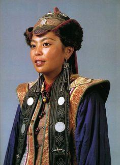 Women' from the West Mongolian Urjanchaj.  National Museum of Mongolia Urjanchai, Ulan Bator