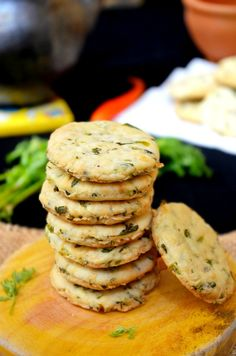 Make this delicious Iyengar Bakery Khara Biscuit and serve it along with Masala Chai and Masala Mixed Sprouts Sandwich during your tea time break. Biscuit Cookies, Biscuit Recipe, Baking Cookies, Cake Cookies, Biscuit Pudding, Shortbread Cookies, Oatmeal Recipes, Snack Recipes, Vegetarian Recipes