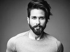 Shahid Kapoor Hairstyles You Need to Try Hair Style Image hair style image Indian Hairstyles Men, Bollywood Hairstyles, Cool Hairstyles For Men, Top Hairstyles, Haircuts, Short Hair With Beard, Hair And Beard Styles, Short Hair Styles, Crochet Braids