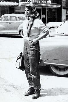 "theritahaywortharchive:  """" Rita Hayworth in Reno, 1951  "" """