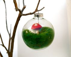 Needle felted ornament. So cute!