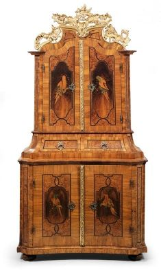Splendid Baroque cabinet,