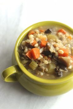Vegetarian Crockpot Mushroom Barley Soup Recipe