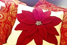 How to Make Pottery Barn Knock-Off Christmas Poinsettia Pillows