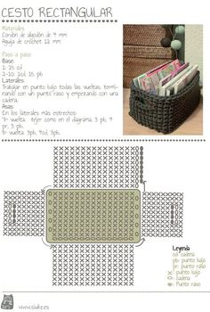 maybe a matching crocheted storage basket (from zpagetti type tshirt yarn) to match a grey crochet bath mat . Crochet Storage, Crochet Box, Crochet Diagram, Crochet Purses, Love Crochet, Crochet Crafts, Diy Storage, Single Crochet, Crochet Clutch