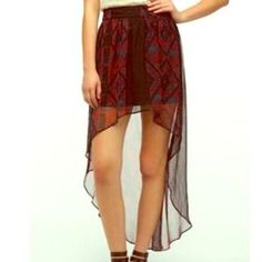 Spencer rocks the high low skirt