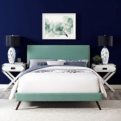 LexMod - Phoebe Queen Fabric Platform Bed with Round Splayed Legs in Laguna