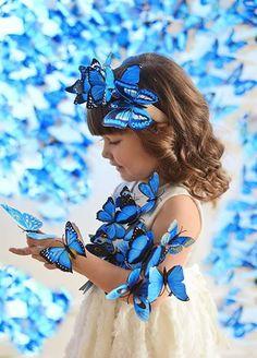 Madame Butterfly, Butterfly Kisses, Cute Kids, Cute Babies, Blue Butterfly Wallpaper, Blue Green Eyes, Fairy Tail Love, Whatsapp Wallpaper, Butterfly Images