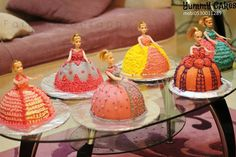 barbie cakes - Haylie wants one like this for her bday this year