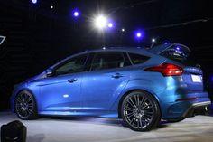 Szuper, egy ilyen Fordot szeretnék, hogy riogathassam a szomszédokat ;) http://www.vezess.hu/magazin/bmw-k-audik-ellen/58351/