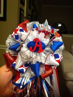 (81) Homecoming Mums with a Twist's Photos