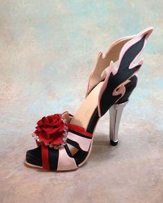 Fondant/gumpaste Shoe Cake Topper ~ Amazing