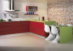 Now Silestone offers you beautifully sleek kitchen counter in red. Silestone gives some side for its sleek kitchen counter forever to red Red Kitchen, Granite Kitchen, Kitchen Cabinets, Kitchen Worktops, Showroom, Best Color Schemes, Granite Worktops, Work Tops, Terrazzo