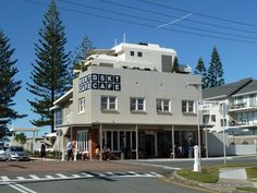 BSKT Cafe, Mermaid Beach, Gold Coast - holistic, organic gluten-free restaurant & yoga/pilates centre.