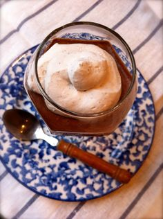 Paleo Dessert Recipe: Pots de Creme with Coconut Milk Whipped Cream. So easy with only a few ingredients!
