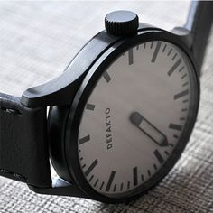 Defakto Eins White/Black | Clockwize Watch Shop