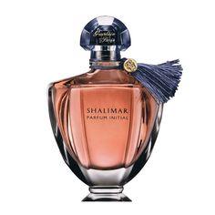 Shalimar L 40edp; Великий парфюмер Жак Герлен в 1925 году создал туалетную воду Shalimar, которая вскоре стала настоящим шедевром и покорила своим ароматом многие женские сердца. Обладание в своей коллекции духов Shalimar от Герлен считается показателем хорошего вкуса, и он действительно заслуживает внимания, так как этот аромат не обычен.